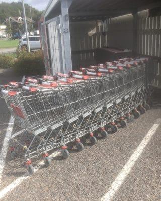 Begagnad kundvagn 150 liter